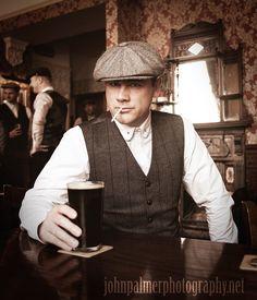 #peakyblinders #tweed #bakerboy #cap #pub #beer #waistcoat #birmingham #vintage #pint #rollup #cigarette