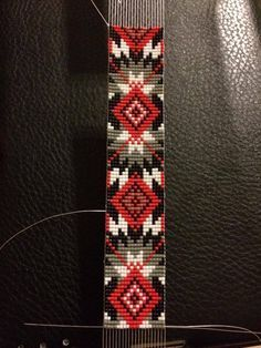bead loom jewelry patternsYou can find Bead loom patterns and more on our website. Native Beading Patterns, Seed Bead Patterns, Beaded Jewelry Patterns, Bead Jewelry, Jewelry Crafts, Loom Bracelet Patterns, Bead Loom Bracelets, Bead Loom Designs, Beaded Hat Bands