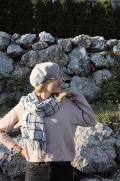 22 Likes, 2 Comments - Luisa Fall Fashion Outfits, Autumn Fashion, University Life, Fashion Beauty, Blog, Pullover, Glasses, Beret, Instagram Images