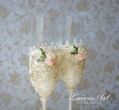 #ivory #wedding #champagne #glasses #wedding #champagne #flutes #wedding #toasting #flutes #ivory #wedding