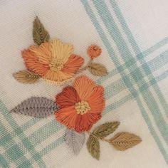 . 오랫만에 꽃자수 tea towel . .  #프랑스자수 #꽃자수 #자수꽃 #embroidery #flowerstagram #spring #autumninnz #needlework #handembroidery #handstitching #orange #handmade #teatowel