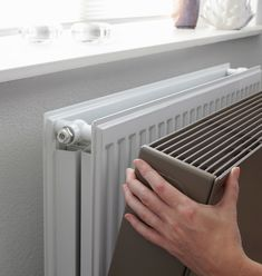 Our basis Sentimo Radiator Cover is specifically designed for optimal heat transmission. However in some situations it is preferred that the surface temperature is lower than normal. For example in a space where there are unattended children, a workin Interior Design Living Room Warm, Interior Design Kitchen, Living Room Designs, Living Room Colors, Home Living Room, Casa Loft, Small Room Bedroom, Diy Home Decor, House Styles