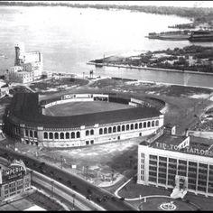 An illustrated history of baseball in Toronto - Spacing Toronto American War, Toronto, Old Things, Baseball, History, Sports, Travel, Game, Voyage