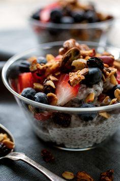 Coconut Parfait *Coconut milk *Chia seeds *Vanilla extract *Granola *Strawberries *Blueberries