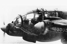 Foto na História: Rara foto de um Nazista pilotando a caminho da Inglaterra