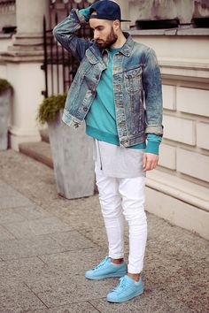 Read More About H&M / ADIDAS SUPERCOLOR / LEE