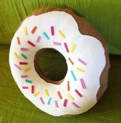 Coussin donuts {tuto} - Couture - Pure Loisirs
