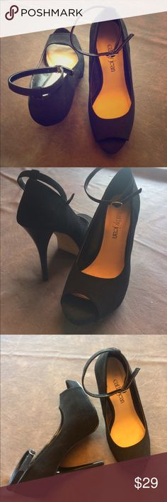 🛍🛍Cathy Jean Black Platform Heels🛍🛍 Super cute, surprisingly comfortable, black, faux suede platform heels by Cathy Jean! Worn only once - very good condition! 🎁🎁 Cathy Jean Shoes Platforms