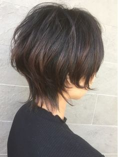 Short Hair With Layers, Short Hair Cuts For Women, Layered Hair, Short Hair Styles, Beauty Tips For Hair, Hair Beauty, Short Bob Hairstyles, Cool Hairstyles, Shaggy Short Hair