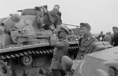The officers of the 14 th td (14.Pz.Div.) From the tank Pz.Bef.Wg.III Ausf.H.