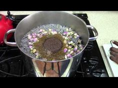 Vaginal Steam Baths Are a Herbal and Steam Treatment To Cleanse and Detoxify The Vaina Herbs For Health, Health Tips, Health And Wellness, Womens Wellness, Yoni Steam Herbs, Root Chakra Healing, Alternative Health, Natural Health, Home Remedies