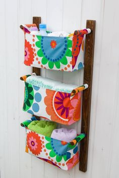 Wall hanging storage with 3 pockets bins chocolate by OdorsHome