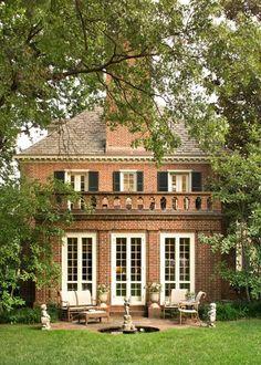 Brick house - http://www.homedecoratings.net/brick-house