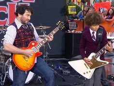 Watch Alex Brightman & the School of Rock Kids Pledge Allegiance to the Band at 30 Rock