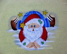 pintura em tecido com tema natalino papai noel deitado na neve