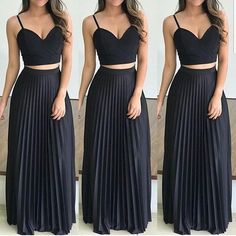 Swans Style is the top online fashion store for women. Shop sexy club dresses, jeans, shoes, bodysuits, skirts and more. Skirt Outfits, Chic Outfits, The Dress, Dress Skirt, Sport Chic, Prom Dresses, Formal Dresses, Western Outfits, Floral Maxi Dress