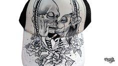 Gorra Santa Muerte Beso ~ Nayade Caps | Zapatillas y Gorras Pintadas a Mano