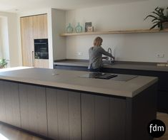 Excellent modern kitchen room are offered on our web pages. look at this and you will not be sorry you did. Farmhouse Style Kitchen, Modern Farmhouse Kitchens, Luxury Kitchens, Home Kitchens, Ikea Kitchen, Kitchen Decor, Kitchen Ideas, Küchen Design, House Design