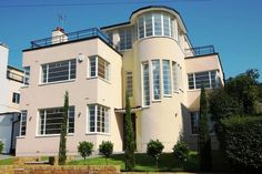 Gerald Lacoste-designed 1930s 5 bed detached house for sale in Valencia Road, Stanmore. London Art #Deco