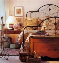 Bright Decor, Colorful Decor, Cozy Bedroom, Bedroom Decor, Scandinavian Bedroom, Wrought Iron Beds, Bed Sets For Sale, Bright Homes, Eclectic Decor