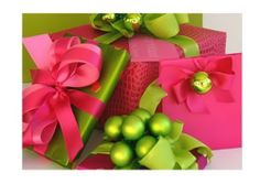 Christmas gift wrapping... hot pink and green