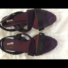 Plum sandals patten leather and suede Kitten heel black patten and plum suede sandals Miu Miu Shoes Sandals