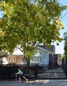 Project 12 Architecture's Northcote Residence, where an existing Californian bungalow and its ill-fitting extension is given new life. Bungalow Extensions, California Bungalow, California Houses, Melbourne Suburbs, Interior Architecture, Residential Architecture, Interior Design, Cladding, The Locals