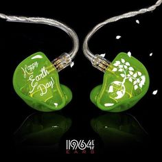 #1964Ears #Custom #Inears #Inearphones #CIEM #Monitoring Future Concert, In Ear Monitors, Hearing Protection, Cool Tech, Headphones, Outfit, Music, Shoes, Concerts
