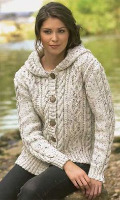 CABLED HOODIE PATTERN