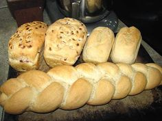 The Thrifty Homesteader: French Bread