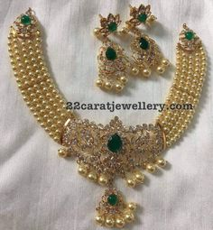 Gold Jewelry For Cheap Kids Gold Jewellery, Real Gold Jewelry, Gold Jewelry Simple, India Jewelry, Gold Jewellery Design, Pearl Jewelry, Beaded Jewelry, Cz Jewellery, Antique Jewellery