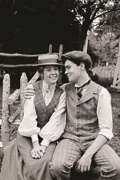 Anne & Gilbert. I WANT TO BE ANNE.