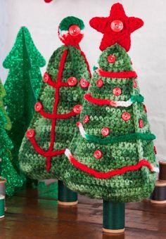 Free Crochet Christmas Tree Pattern Crochet Tree, Crochet Christmas Trees, Christmas Tree Pattern, Christmas Crochet Patterns, Holiday Crochet, Crochet Crafts, Crochet Projects, Free Crochet, Craft Projects