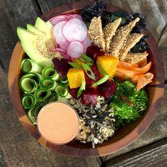 Vegan Poke Bowl with Sesame Seitan Sweet Earth Natural Foods Seitan Recipes, Raw Food Recipes, Healthy Recipes, Honey Recipes, Dinner Recipes, Easy Vegetarian Dinner, Vegan Vegetarian, Paleo, Vegan Keto