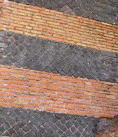 Opera mista con cubilia in selce - Sepolcro Ottagonale - VI miglio dell'Appia Antica