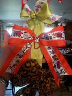 Orange tween bow