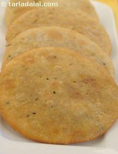 Serve these delicious urad dal puris with sweet pickle and hot tea on a sunny Sunday morning, for a complete Rajasthani ambience.