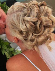wedding hair updos do not like