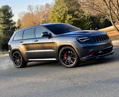 Chase asked if this could be in our driveway. Jeep Srt8, Jeep Wrangler Lifted, Jeep 4x4, Lifted Jeeps, Jeep Wranglers, Suv Cars, Jeep Cars, Sport Cars, Jeep Grand Cherokee Srt