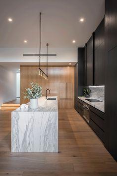 Contemporary kitchen lighting fixtures mid century ideas for 2019 Kitchen Bar Design, Luxury Kitchen Design, Home Decor Kitchen, Kitchen Living, Interior Design Kitchen, New Kitchen, Kitchen Bars, Kitchen Modern, Kitchen Ideas