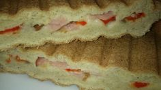 Melegszendvics- vagy töltött szendvics NoCarb Rost sütőmixből | Klikk a képre a receptért!