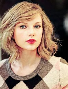 Taylor Swift is both a beautiful girl and a great Country singer.
