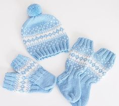 ❄️💙 #käsityöt #knitting #kirjoneule #babystuff #vauvalle #poikavauvalle #handmadewithlove Knit Baby Dress, Knitted Baby Clothes, Baby Hats Knitting, Sweater Knitting Patterns, Knitting For Kids, Crochet For Kids, Knitting Socks, Free Knitting, Knitted Hats