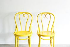 Hey, I found this really awesome Etsy listing at https://www.etsy.com/listing/200508360/bentwood-chairs-thonet-chairs-cafe