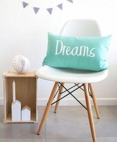 Image of Cojín DREAMS MINT