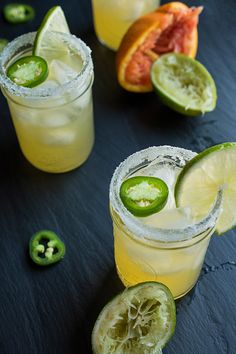 The perfect cocktail recipe for entertaining or date night-in, these jalapeño margaritas are sweet, sour and slightly spicy. Jalepeno Margarita Recipe, Cucumber Margarita, Margarita Recipes, Spicy Skinny Margarita Recipe, Summer Drinks, Cocktail Drinks, Fun Drinks, Cocktail Recipes, Beverages