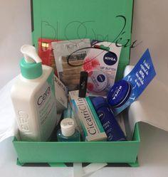 Boa tarde!!!!  Hoje tem Glambox Brasil de julho em parceria com a Netfarma lá no Blog, você não pode perder. ;)  http://blogdajeu.com.br/glambox-de-julho-parceria-netfarma/  #glambox #netfarma #oquetemnaglambox #tracta #cerave #nivea #termolen #apagadanos #garnier #fructis #vichy #hidratante #libutter #cicatriclin