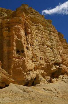 MUSTANG, caves in Mustang