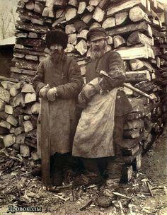 Leñadores rusos de finales del siglo XIX.  Foto de Máximo P. Demitriev