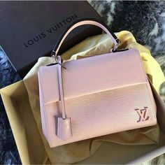 Fashion Designers Louis Vuitton Outlet, Let The Fashion Dream With LV Handbags At A Discount! New Ideas For This Summer Inspire You, Time To Shop For Gifts, Louis Vuitton Bag Is Always The Best Choice, Get The Style You Love From Here. Luxury Handbags, Louis Vuitton Handbags, Fashion Handbags, Purses And Handbags, Fashion Bags, Tote Handbags, Ladies Handbags, Cheap Handbags, Vuitton Bag